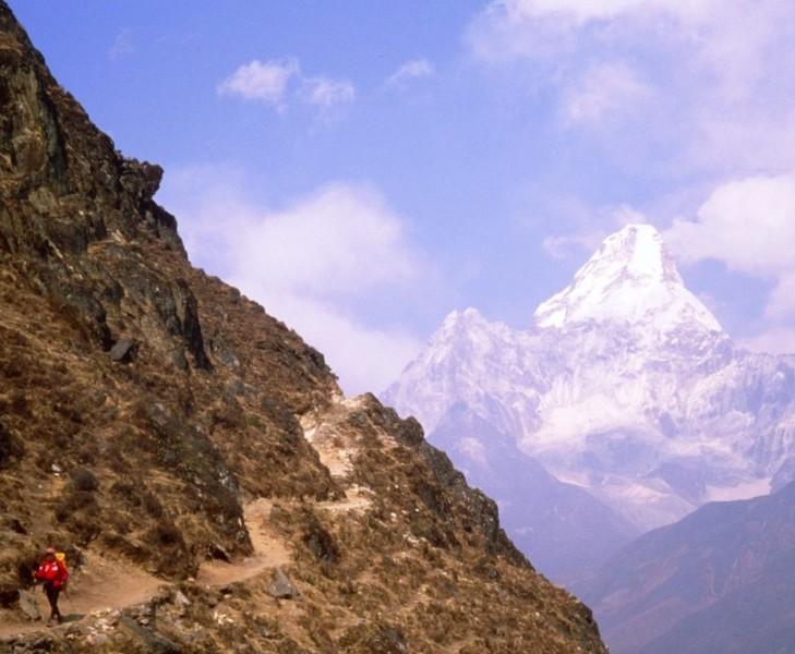 valle del khumbu y ama dablam himalaya nepal