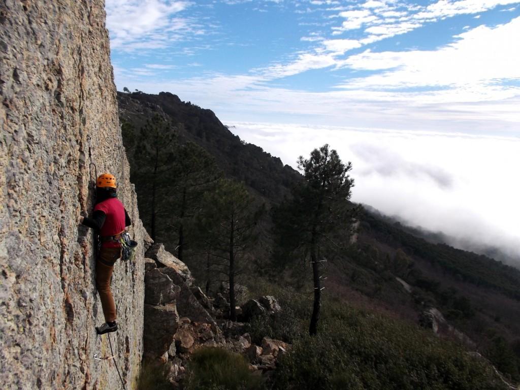 Escalada en Roca Curso Origen Villuercas Cañamero