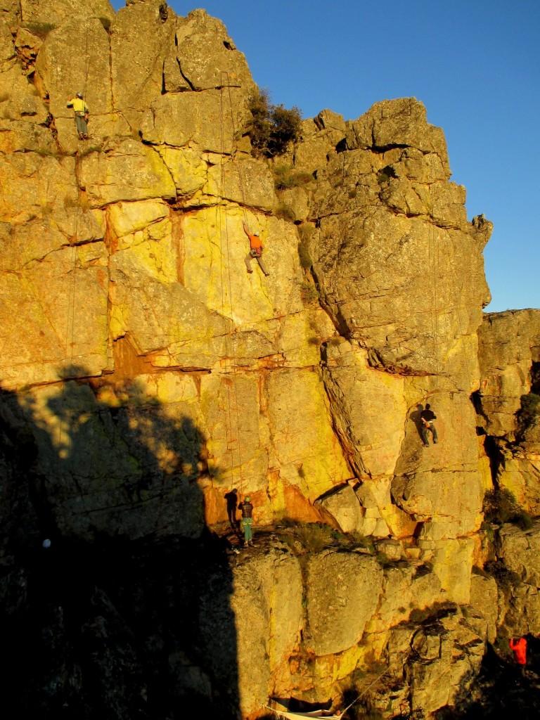 Turismo Vertical Curso Escalada Roca Cabañas Villuercas Origen